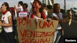 Los estudiantes han enfrentado al gobierno de Maduro en la calle reclamando medidas contra la escasez y la inseguridad.