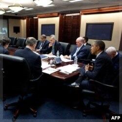 Prezident Obama Iroqdan butunlay chiqishga qaror qilgani Respublikachilar partiyasi qarshiligiga uchramoqda. Ular nazarida Iroq hali juda zaif davlat.