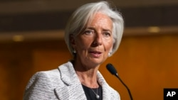 Direktur Pengelola IMF, Christine Lagarde (foto: dok). IMF menurunkan proyeksi pertumbuhan ekonomi global menjadi 3,4 persen dari 3,7 persen.