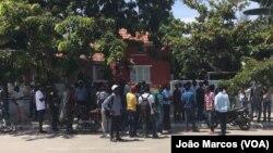 Candidatos a professores manifestam-se em Benguela