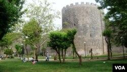 Dîmenek ji Diyarbekirê.