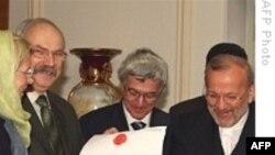 سخنگوی وزارت خارجه ايالات متحده: آمريکا پيشنهاد ايران به گروه پنج بعلاوه يک را بطور جدی و بدقت بررسی خواهد کرد