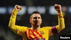 Lionel Messi célèbre la victoire du Barça contre l'Atletico Madrid, Espagne, le 1er décembre 2019.