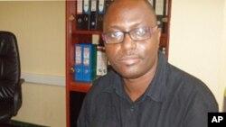 Sergio Kalundungo, director da ADRA, e um dos participantes na mesa redonda semanal da VOA sobre Angola, esta semana dedicada ao processo eleitoral de 2010