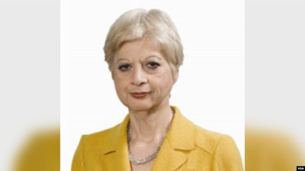 """Tirana shpall """"të padëshiruar"""" eurodeputeten qipriote"""