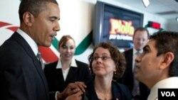 """Obama advirtió a los hispanos de que no se olvidaran de """"quién está con ustedes y quién en su contra""""."""