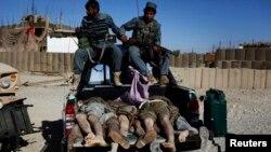 افغان سیمه ییز چارواکي وایي د جمعې د ورځې په جگړه کې شاو خوا ١٥٠ یاغیان وژل شوي او یا هم ټپي شوي دي.