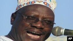 Profesa Ibrahim Lipumba kiongozi wa chama cha upinzani CUF Tanzania