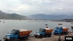 Mức thâm hụt mậu dịch của Việt Nam với Trung Quốc lên tới 17,8 tỉ hồi tháng 8.
