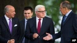 Министры иностранных дел Франции, Германии, Украины и России