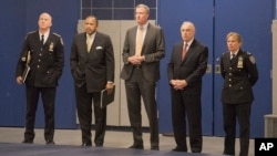 New York Mayor Bill de Blasio (center) at the new New York City Police Academy on Thursday, Dec. 4, 2014