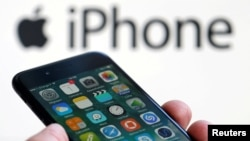 Apple Inc will begin assembling its top-end iPhones in India through the local unit of Foxconn as early as 2019.