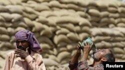 هندي کارگران تر ټولو زیات د گرمی هوا له گواښ سره مخامخ دي