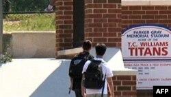 ABD'de Devlet Okullarının Başarısı Tartışılıyor