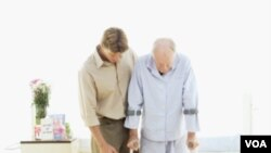 Kebanyakan terapi pasca stroke adalah menggembalikan fungsi motorik.