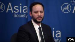 歐亞集團全球市場研究與戰略主任尼古拉斯康森瑞。(Nicholas Consonery)