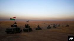 در عملیات موصل حدود ٣٠٠ هزار نیروهای عراقی و چهار هزار جنگجوی کرد یا پیشمرگه اشتراک دارند