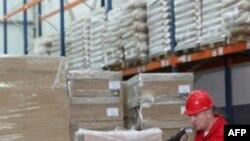 Cách biệt giữa hàng xuất khẩu và nhập khẩu của Mỹ tăng vọt hơn 15%, lên tới mức 46 tỷ đô la