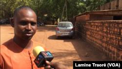 Boureima Dicko, secrétaire-chargé des affaires humanitaires du Collectif, au Burkina Faso, le 11 avril 2019. (VOA/Lamine Traoré)