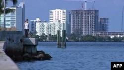 Dầu loang tại Vịnh Mexico đang tiến tới gần bờ biển Florida
