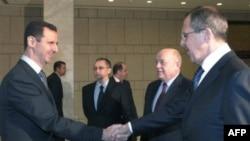 Башар Асад, Сергей Лавров и Михаил Фрадков (на заднем плане справа от Лаврова)