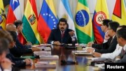 Otro grupo de cancilleres de UNASUR ya se había reunido en Caracas con Nicolás Maduro hace menos de dos semanas.