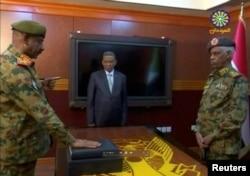 Sudanın müdafiə naziri Avad Məhəmməd Əhməd İbn Auf