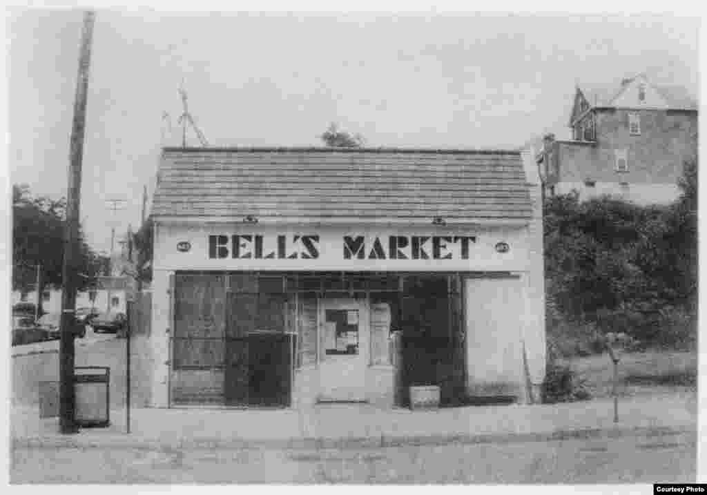 Bell's Market is open for business in Braddock, Pennsylvania. (George L. Smyth)