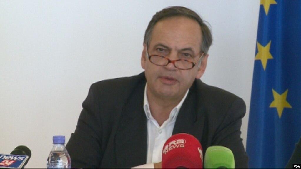 Fleckenstein: Vendi i deputetëve në parlament