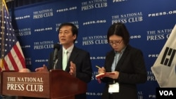 북한자유주간 행사 공동위원장인 김성민 자유북한방송 대표가 지난 27일 기자회견에서 올해 행사에 대해 설명하고 있다.