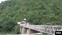 چکوٹھی کے مقام پر کشمیر کو ملانے والا پل