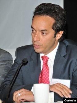 Alberto Bernal, economista