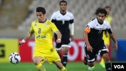 دیدار الشباب عربستان و نفت تهران از آخرین دیدارهای دو تیم بود که تیم ایرانی دو بر یک پیروز شد.