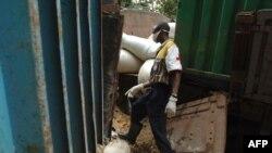 Mosali ya lisungi na esika ya likama ya engunduka na Ndenga Mongo, na Kasaï, 4 aout 2007.