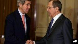 ABD Dışişileri Bakanı John Kerry ve Rusya Dışişleri Bakanı Sergei Lavrov