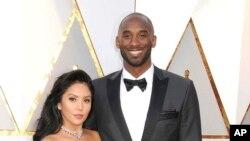 Vanessa Bryant e Kobe Bryant nos Oscars em 2018. Kobe ganhou um Oscar por Dear Basketball