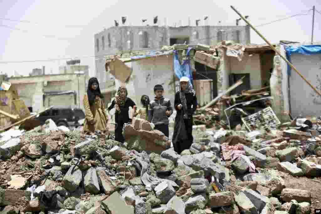 اقوام متحدہ کے ادارہ برائے اطفال کے مطابق یمن میں چار ماہ سے جاری تنازع سے بچوں اور نوجوانوں کے لیے صورتحال مشکل ترین ہوتی جا رہی ہے۔