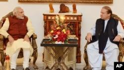 حمله بر پایگاه هوایی پتاکوت یک هفته پس از آن صورت گرفت که صدراعظم هند به پاکستان سفر کرد و با همتای پاکستانی اش ملاقات کرد