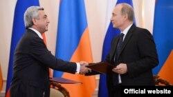 Հայաստանի նախագահ Սարգսյանն ու Ռուսաստանի նախագահ Պուտինը՝ 2013 թ. սեպտեմբերի 3-ին կայացած հանդիպման ժամանակ (արխիվային լուսանկար)