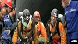 山西煤矿事故救援人员展开抢救