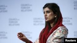 Bộ trưởng Ngoại giao Pakistan Hina Rabbani Khar nói chuyện tại Hội đồng Quan hệ Đối ngoại tại New York, 16/1/2013.