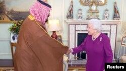ولیعهد عربستان با ملکه بریتانیا دیدار کرد.