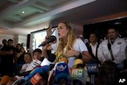 Lilian Tintori, esposa del encarcelado líder de Voluntad Popular, Leopoldo López. Nov. 26, 2015.