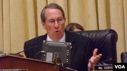 El presidente de la comisión judicial de la Cámara de Representantes, Bob Goodlatte dijo también que apoyaría una ley que beneficie a los dreamers, pero no garantizó que sea finalmente aprobada.