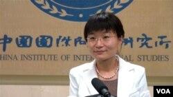 中国国际问题研究所国际战略研究部副主任苏晓晖 接受美国之音北京分社采访 谈南海争端。(美国之音 东方拍摄)