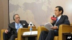 马英九总统和戴蒙德对谈
