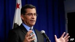 El fiscal general de California, Xavier Becerra, presentó la demanda contra el gobierno de EE.UU. por incluir pregunta sobre la ciudadanía en el cuestionario del Censo.