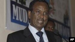 索马里新总理在摩加迪沙会议上讲演