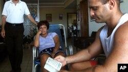 Chính phủ Cuba cho biết sẽ không còn đòi hỏi người dân xin thị thực xuất cảnh nếu họ muốn du hành ra nước ngoài