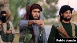 جنگجویان داعش نیز چهار ملیشۀ وابسته به ظاهر قدیر را سربریدند.